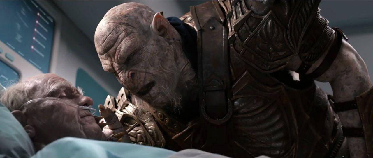 Not Today Brian heißt der TV-Werbespot, in dem eine innige Freundschaft zwischen dem Spieler und einem Ork dargestellt wird. (Quelle: Youtube)